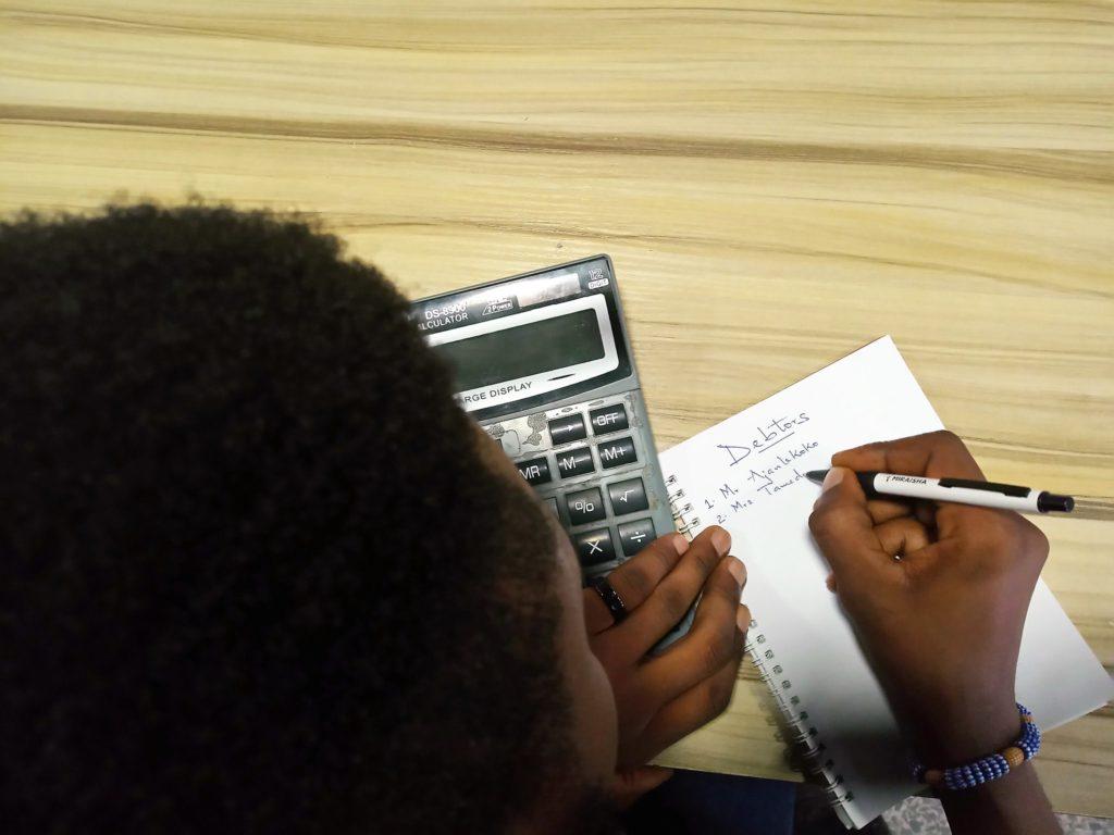 calculating debts